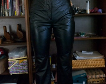 90's Black Pleather Pants Size 8