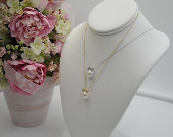Sterling Silver Clear Cubic Zirconia  Ribbon With Freshwater Pearl Button Necklace *NEW*