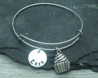 Cupcake hand stamped adjustable bangle, cupcake bracelet, cupcake jewellery, cupcake gift, personalised gift, cupcake name, fairy cake