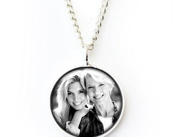 Photo Necklace Custom Photo Pendant Personalised Photo Gift Mom Photo Jewelry Christmas Mothers Day Photograph Gift Memory Necklace Tribute