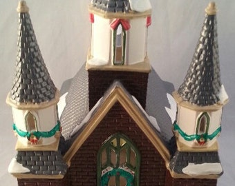 """Vintage Department 56 """"St. Luke's Church""""/The Original Snow Village/Mint in the box/Retired/Lighted Christmas Village"""