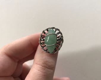 Vintage Light Grayish Green Translucent Aventurine 925 Sterling Silver Filigree Twist Flower Basket Ring