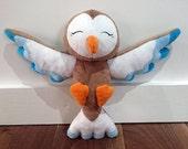 Handmade happy owl plush toy