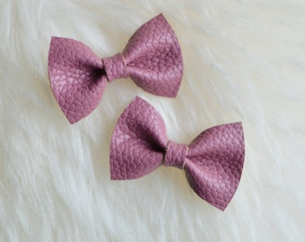 Toddler Hair Clip, Mauve Pink Leather Hair Bow, Baby hair bow, baby hairbow, baby hair clip, toddler hair bow, toddler hairbow, leather bow