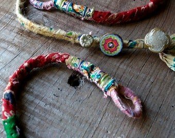 Finery ethnic necklace and bracelet made of hemp and fabric