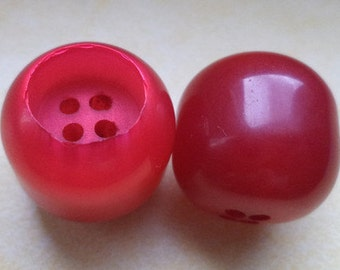 5 BUTTONS 21 mm (5916) button pink red