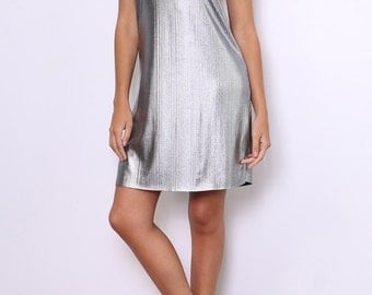 Dress short evening, iridescent material, thin straps cross in the back