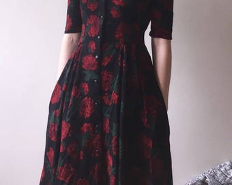 1950's Button-Down Rose Dress