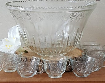 Vintage Crystal Glass Punch Bowl Set with 16 Cups~Indiana Glass Princess Clear Crystal Glass Punch Bowl + 16 Cups + Lucite Ladle
