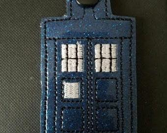 Tardis Doctor Who Geek keychain keyfob