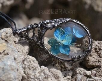 Terrarium necklace, Statement necklace, Blue Flower necklace, Hydrangea Necklace, Teardrop glass necklace, Memory necklace, Tiffany pendant