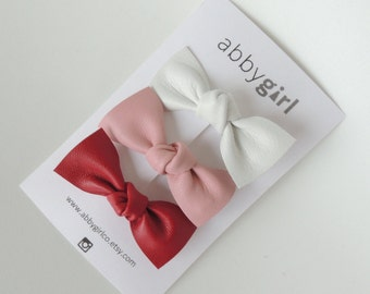 Bella Bow Hair Clip | Set of 3 | leather baby hair clip | toddler hair clip | baby accessory | simple baby clip | trendy baby clip