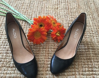 Women's Black Leather Heels  Size 38/ 8