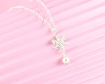 925 Silver chain with snowflake Pearl pendant, snowflake, winter