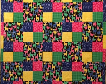 Llamas Quilt,kids quilt,baby blanket,wall hanging,all cotton,handmade,machine quilted,machine washable,llama,pink,yellow,green,blue