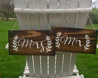 Mr.&Mrs. Sign , Mr and mrs sign , wedding decor, rustic wedding, chair hangers, chair signs