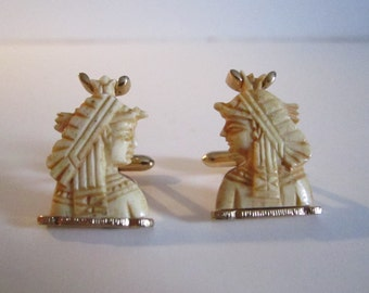 BIG SALE *** Vintage Rare King and Queen ivory and gold color Aztek SWANK Cuff links from the 50's