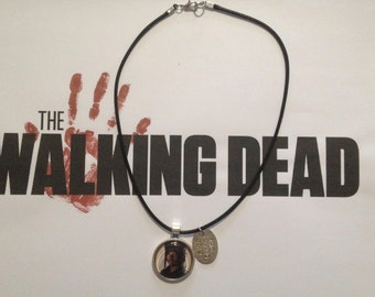 "The walking dead ""Daryl"" necklace."