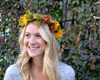 "The ""Meghan"" floral halo crown // summer festival crown, boho festival crown, summer wedding headpiece, bridesmaid headpiece, daisy crown"