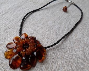 17,7-19,3Inch Nice Vintage Original FLOWER Cognac Genuine Baltic Amber Necklace