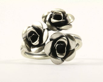 Vintage Women Three Rose Design Ring 925 Sterling Silver RG 1228-E