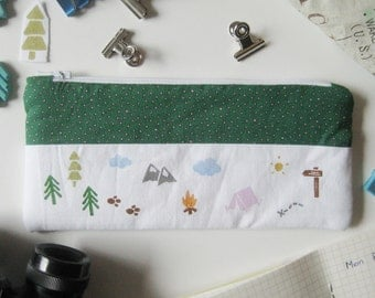 Pencil case pouch outdoor green dotted