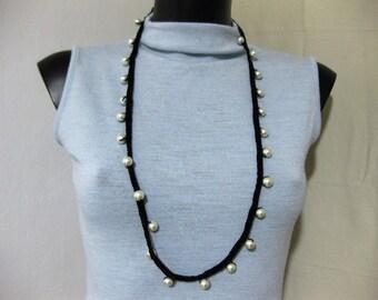 Bead crochet necklace