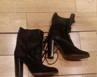 Suede and leather Boots size uk5 eu38