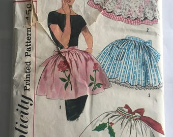 Simplicity 3706 Misses Half Aprons and Transfers