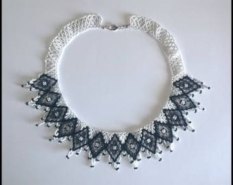 Black and white geometric Choker-Diamonds