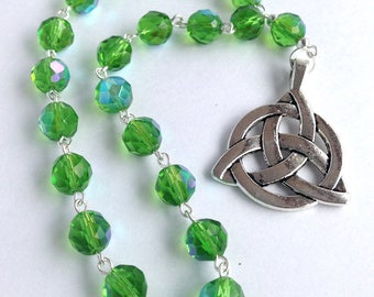 Green Triquetra Pocket Prayer Beads // Pagan Prayer Beads // Celtic // Danu // Brigid // Wiccan // Druid