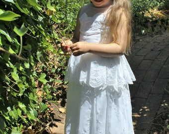 Eco embroidered flower girl dress 'Gloria'