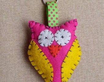 Owl felt keychain, owl felt pendant, gift for woman, birthday, Mothers Day, Christmas, Handmade gift