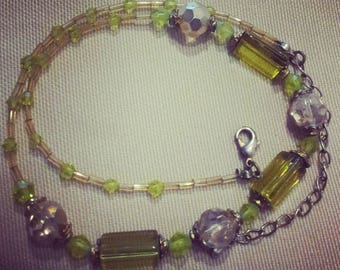 Green Lucite  Beads Necklace - Vintage