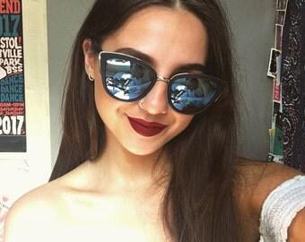 Black frame, blue mirror mirrored pointy vintage retro sunglasses