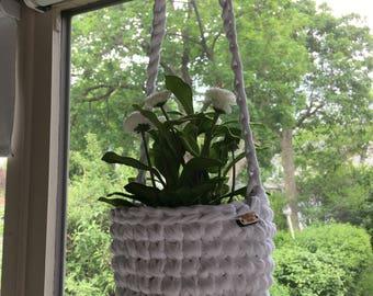 Hanging Planter (white)