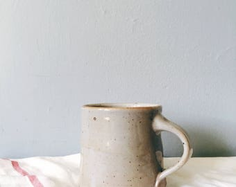 Pottery mug in shino glaze - rustic handmade ceramic mug - ivory cream coffee cup tea cup coffee mug