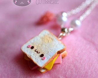 Collana Toast Kawaii in pasta sintetica