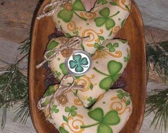 Set of 3 - Primitive Grungy Rustic - St. Patricks - St. Pattys - Irish Shamrocks Heart Shaped Bowl Fillers - Ornies - Tucks - Ornaments