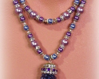 APHRODITE statement necklace