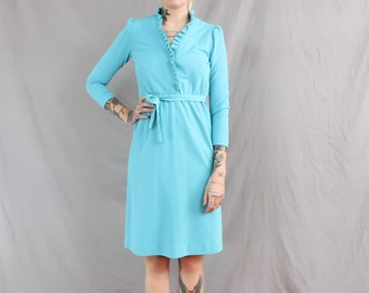 1980's Blue Ruffle Day Dress in Large . Above the Knee Spring Dress with Matching Sash Belt . Collar Collared 80s 1970s 70s Plus Size