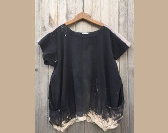 Brilliant Stranger Tunic OS PLUS:  fits up to XXXL, zen style original tunic, big pockets, bleach dipped black, fair trade, one of a kind