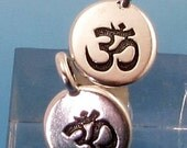 TierraCast Small Om Charm, Antique Silver, 2-Pc. TS111