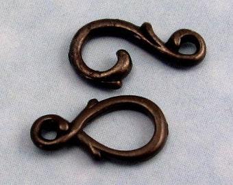 Vine Hook & Eye Small Clasp, Black, TierraCast TMB18