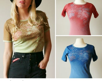 Deadstock, 1970s Floral Garden Tee >>> 4 Colors Available >>> Size Extra Small to Large