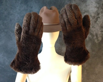 1940's Hope Brothers rich brown fur and leather gauntlet sleigh gloves