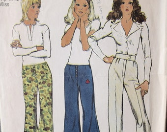 1970's Simplicity 9820 Vintage Sewing Pattern Hip-Hugger Flared Bell Bottom Pant or Cuffed Pant Option Waist 23 Hip 33.5