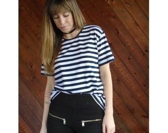 Navy Striped s/s Ultrasoft Tee Shirt - Vintage 80s - S/M