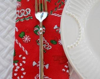 Christmas Luncheon Napkins, Christmas Candy Napkins, Lunch Napkins, 14 Inch Napkins, Kitchen Napkins. Fabric Napkins, Cloth Napkins, Holiday