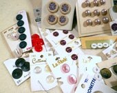 Vintage Assorted Buttons-100 Plus Colorful Still on Cards (Old but New) for Crafts Supplies, Art, Sewing, Embellishments, Steam Punk